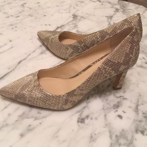 New!!Vince Camuto shoes size 8 1/2 Never been worn